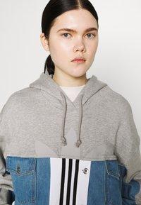 adidas Originals - JACKET - Veste en jean - medium grey heather - 3
