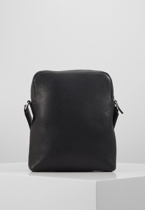 BENSO - Across body bag - black