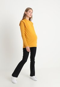 Dorothy Perkins Maternity - ASHLEY BOOTCUT - Bootcut jeans - indigo - 1