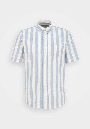 MICHAEL WIDE STRIPE REGULAR FIT - Overhemd - white/blue