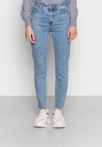 ONLY - ONLEMILY RAW MAE - Straight leg jeans - light blue denim - 0