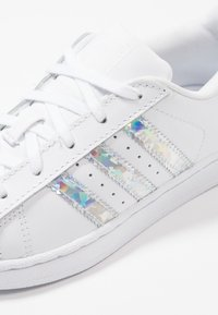 adidas Originals - SUPERSTAR - Sneakers - footwear white - 2