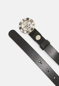 Guess - ADJUSTABLE PANTBELT - Belte - black/gold-coloured - 1
