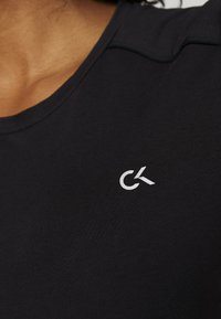 Calvin Klein Performance - LONG SLEEVE TEE - Langærmede T-shirts - black - 6
