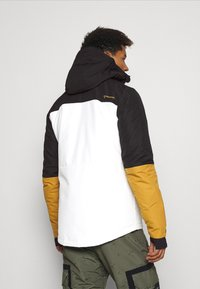 Brunotti - ARACIN MENS SNOWJACKET - Snowboardová bunda - snow - 2