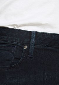 Emporio Armani - Vaqueros slim fit - blue denim - 5