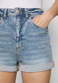 Cotton On - HIGH RISE CLASSIC STRETCH - Shorts di jeans - cabarita blue - 5