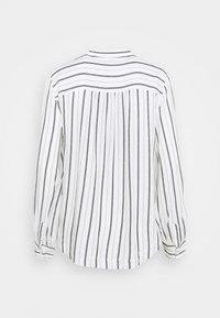 GAP - SHIRRED - Button-down blouse - black/white - 1