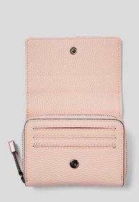 KARL LAGERFELD - Wallet - a508 pink pearl - 3