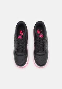 Nike Sportswear - AF1/1 BG UNISEX - Sneakers laag - black/hyper pink - 3