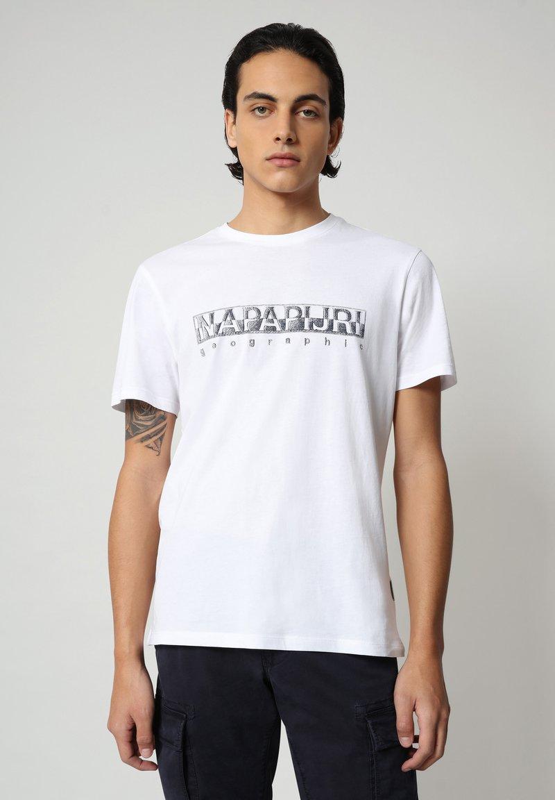 Napapijri - SALLAR - T-shirt med print - bright white