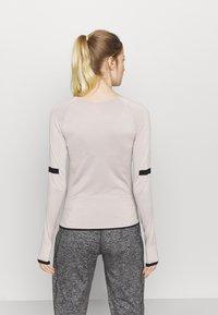 Even&Odd active - SEAMLESS  - Camiseta de manga larga - grey - 2