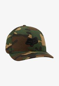 Fox Racing - LEGACY FLEXFIT HAT - Cap - green/black - 1