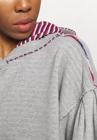 Free People - WANDERING SOUL REVERSIBLE - Sweater - heather grey - 5