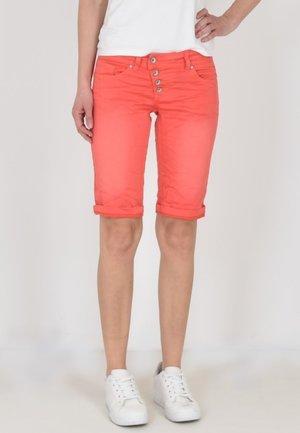 Denim shorts - koralle