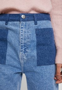 JUST FEMALE - ANGELINA TROUSERS - Flared Jeans - blue denim - 5