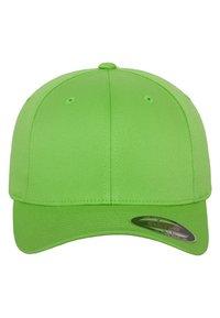 Flexfit - COMBED - Caps - fresh green - 1
