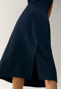 Massimo Dutti - Robe fourreau - dark blue - 4