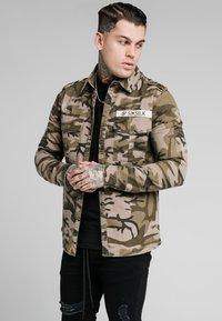 SIKSILK - UTILITY SHIRT JACKET - Summer jacket - khaki - 0