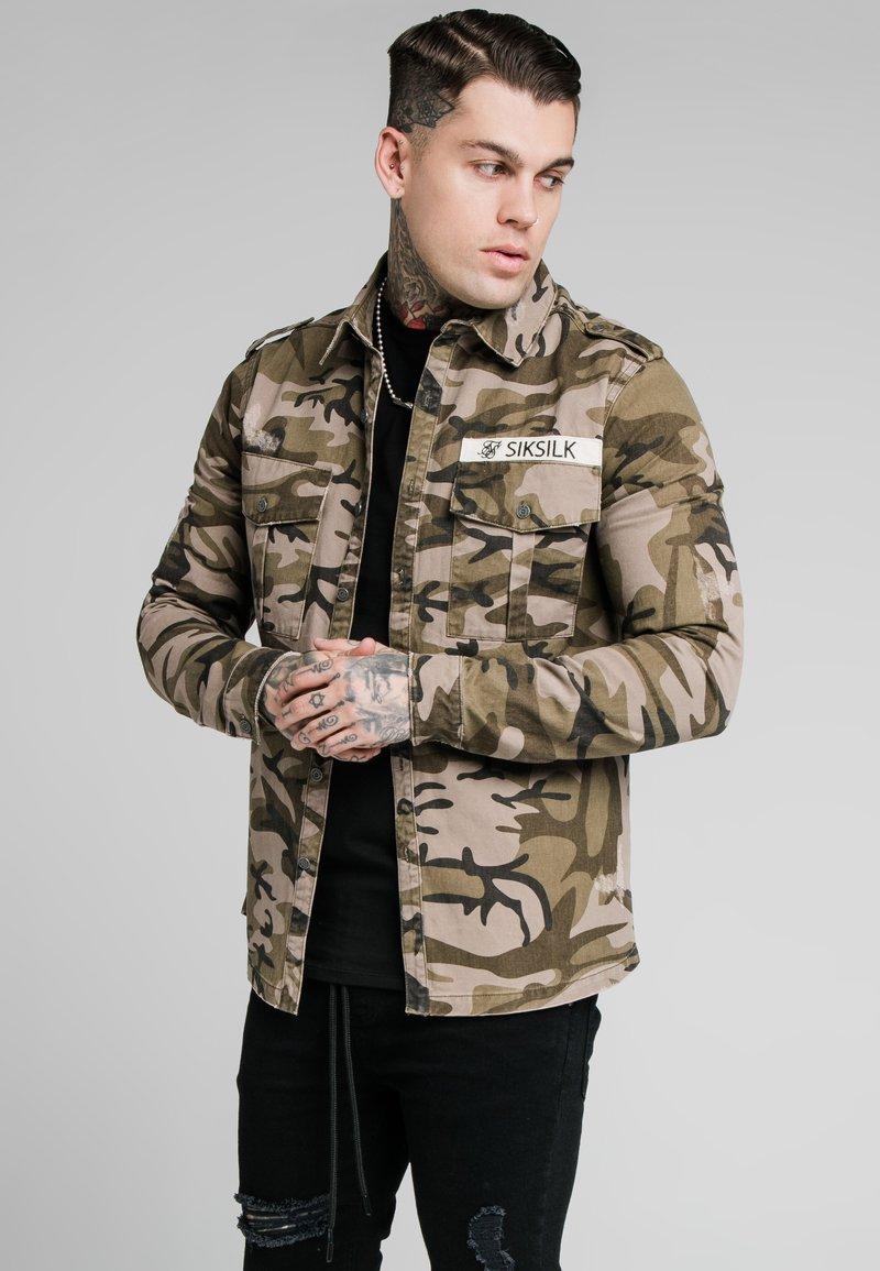 SIKSILK - UTILITY SHIRT JACKET - Summer jacket - khaki