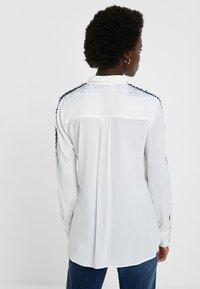 Desigual - CAM_HAMBURGO - Button-down blouse - white - 2