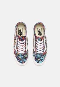 Vans - UA OLD SKOOL TAPERED - Sneakers basse - liberty fabrics - 4
