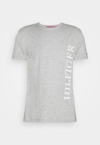 LARGE LOGO TEE - T-shirt z nadrukiem - grey