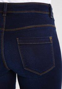 ONLY - ULTIMATE - Vaqueros slim fit - dark blue denim - 4