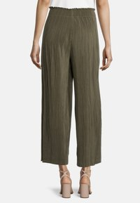 Betty Barclay - Trousers - dusty olive - 2