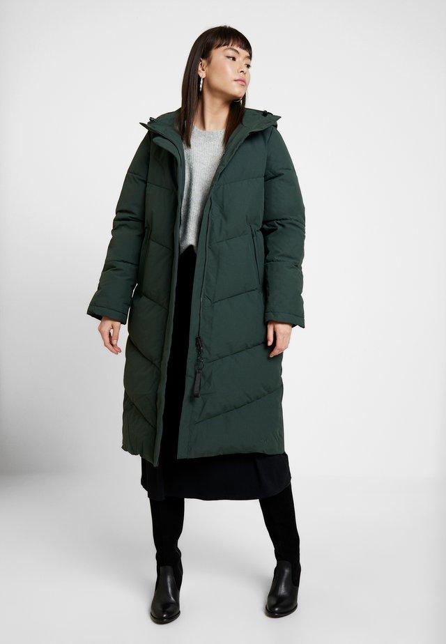 NAEMI - Winter coat - bottle green
