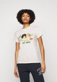 Fiorucci - WOODLAND VINTAGE ANGELS TEE  - Print T-shirt - white - 0