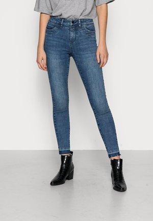VMHANNA MR - Jeans Skinny Fit - dark blue denim