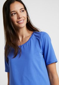 Esprit Maternity - T-shirt print - bright blue - 3