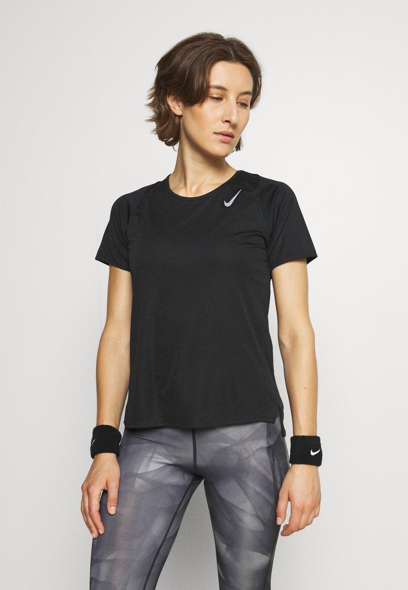 Nike Performance - RACE - Basic T-shirt - black/silver