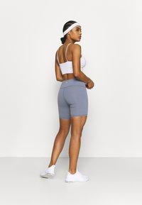 Cotton On Body - ACTIVE CORE BIKE SHORT - Collant - blue jay - 2