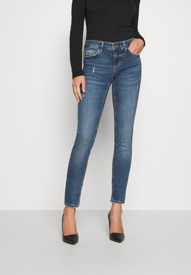 Liu Jo Jeans - UP FABULOUS REG - Jeans Skinny Fit - blue avatar wash