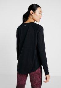 Cotton On Body - ACTIVE LONGSLEEVE  - Camiseta de manga larga - black - 2
