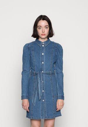 VMMAGGIE SHORT DRESS - Denim dress - medium blue denim