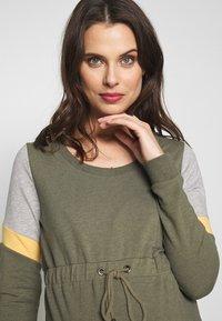 MAMALICIOUS - MLMENA DRESS - Vestido informal - dusty olive - 3
