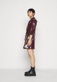Glamorous Petite - LADIES DRESS - Blousejurk - burgundy - 3