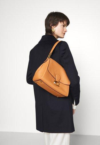 MAY SHOULDER - Handbag - natural