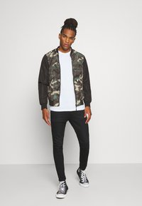 Brave Soul - BLAIR - Bomber Jacket - khaki/charcoal/black - 1
