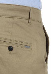 Solid - RAVI - Shorts - dune - 5