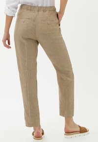 BRAX - Trousers - toffee - 2