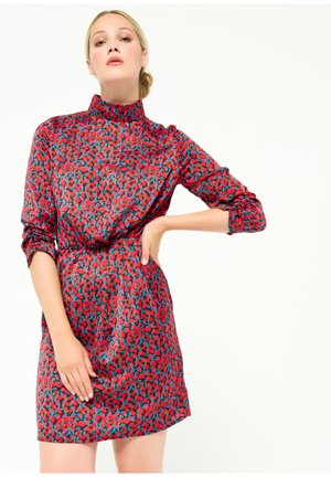 GRAPHIC PRINT SATIN - Cocktail dress / Party dress - red