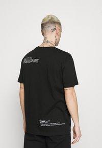 YOURTURN - UNISEX - T-shirt con stampa - black - 2