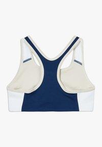 Nike Sportswear - NIKE SPORT-BH FÜR ÄLTERE KINDER (MÄDCHEN) - Bustier - orewood brown/blue void/white/fire pink - 1
