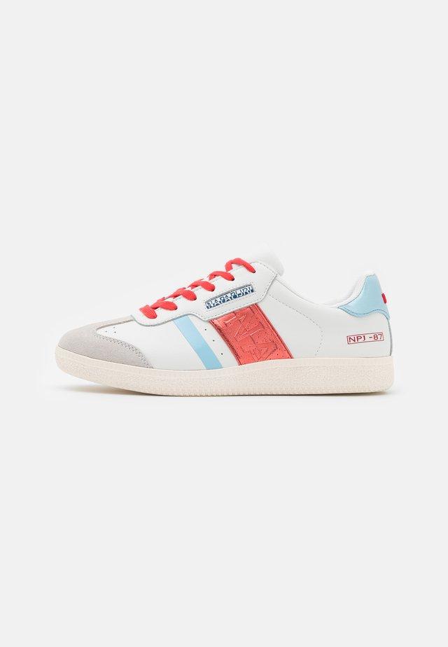 CORA - Sneakers basse - white/red/multicolor