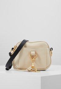 See by Chloé - TONY CROSSBODY - Across body bag - cement beige - 0