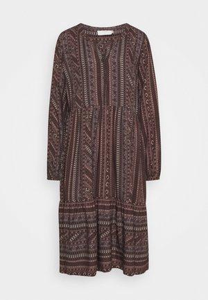 FIORELLA DRESS - Košilové šaty - brown